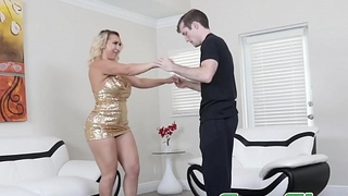 Glamorous mom Nina Kayy bouncing on stepsons lucky cock