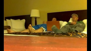 Secluded cam caught bi-curious guys jerking and sucking